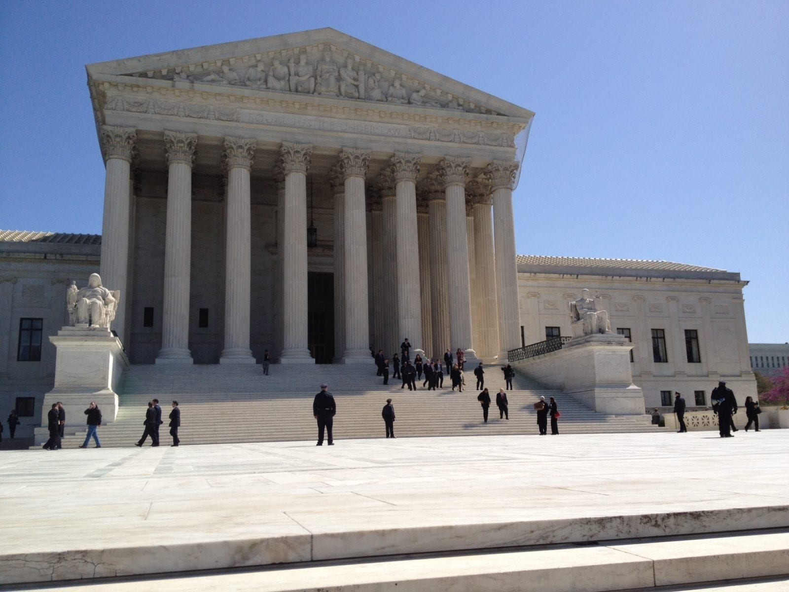 Photo Gallery: SCOTUS Arguments Day Two | Galen Institute